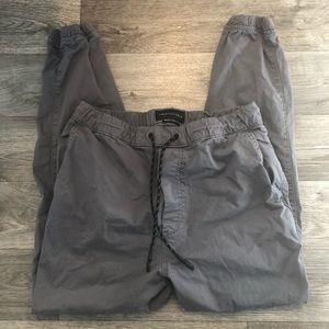 AE Next Level Flex Grey Khaki Joggers Men's Small